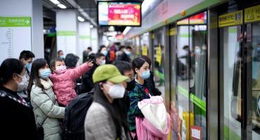 Coronavirus: tras cuarentena de 2 meses, llega el primer tren a Wuhan