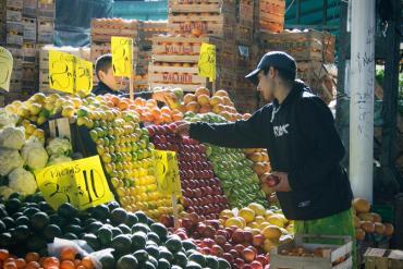 Coronavirus y abuso en góndolas: Mercado Central fijará precios de referencia de frutas y verduras