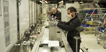 España pone en marcha una economía de guerra para enfrentar al Coronavirus