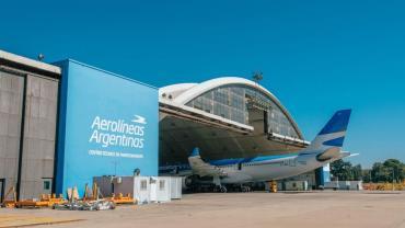 Se reanudan los vuelos de cabotaje e internacionales y el transporte de larga distancia
