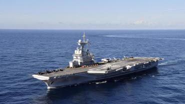 ¿Cómo llegó el coronavirus a un portaaviones francés que lleva sin tocar tierra desde el 15 de marzo?