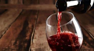 Coronavirus: un antioxidante que se encuentra en el vino podría aliviar la gravedad del covid-19