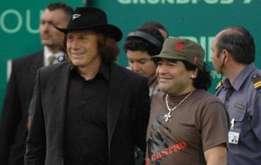 Conmovedor mensaje de apoyo de Maradona a Vilas tras conocerse su delicado estado de salud