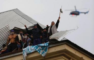 Motín en cárcel de Devoto: acuerdo entre presos y autoridades para rever situación de 6 mil internos