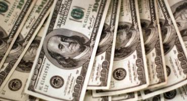 Dólar hoy: el blue subió a un nuevo récord de $138 y la brecha superó el 100%