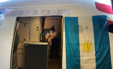 Coronavirus: llegó al país un vuelo con 222 argentinos varados en Miami