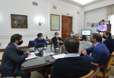 Kicillof se reunió con intendentes para analizar situación epidemiológica y financiera