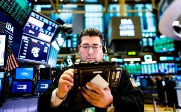 El riesgo país se dispara y las acciones argentinas en Wall Street van en picada