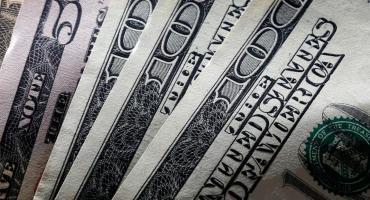 El dólar ilegal cedió $2 y terminó la jornada cotizando a $127