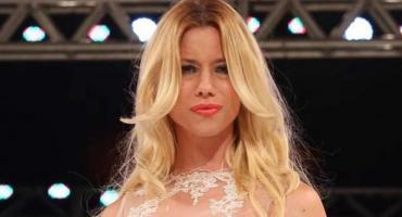 Moda en cuarentena: Nicole Neumann desfiló súper sexy en su casa y encandiló las redes