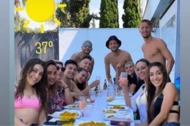 Tras desatar un escándalo por un asado en cuarentena, los argentinos del Sevilla continúan