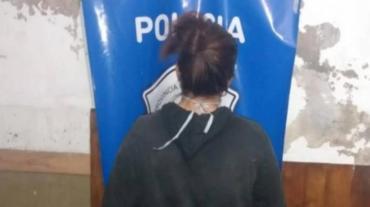 Fue a robar con su hijo de 12 años y atacó salvajemente a jubilada por un kilo de fideos y $250