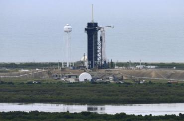 La NASA pospuso histórico lanzamiento del SpaceX por mal clima: despegará el sábado
