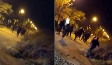 Batalla campal en Chivilcoy: rompieron cuarentena por un cumpleaños y atacaron a policías