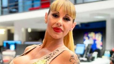 """""""Live forever"""", la jugada postal de Mónica Farro en cuarentena que robó todas las miradas en redes"""