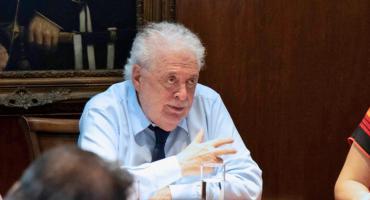 González García estimó que a fines de junio podría llegar pico máximo de coronavirus