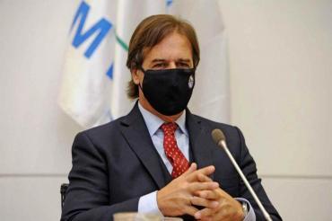 Luis Lacalle Pou, en cuarentena luego de dar positivo por coronavirus una persona con la que se reunió