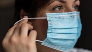 Estudio recomienda uso de mascarilla en el hogar para reducir contagios entre familiares