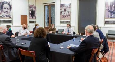 Gobierno, Ciudad y Provincia analizan extender la cuarentena en el AMBA y cómo