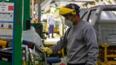 Cuarentena: en mayo la mitad de las industrias siguió con problemas, según Indec