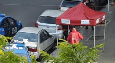 Conmoción en Belgrano: encontraron a un hombre muerto adentro de un auto