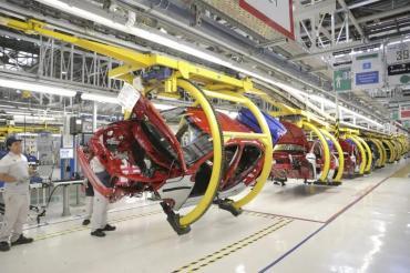 Con solo siete días de actividad, la producción automotriz cayó más del 80% en Mayo