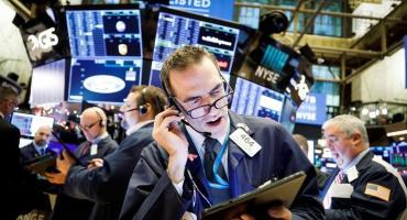 Se desploman las acciones y los bonos de empresas argentinas en Wall Street