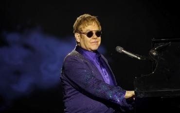 Elton John fue el músico mejor pago en el último: la exorbitante cifra que ganó