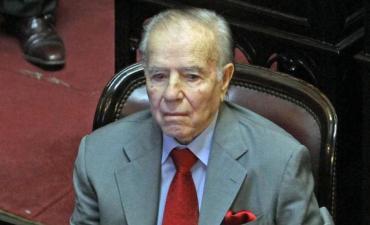 Volvieron a internar a Carlos Menem y su estado es reservado