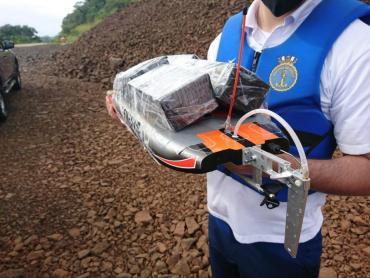 VIDEO: contrabandistas usaban lancha a control remoto para pasar celulares en la Triple Frontera