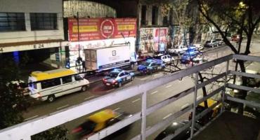 VIDEO: violaron la cuarentena en fiesta con prostitutas en Montserrat y fueron detenidos