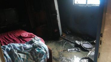 Estufa eléctrica provocó un incendio en una vivienda, propietaria sufrió crisis nerviosa