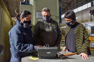 Coronavirus: Mayra Mendoza y Agustín Rossi visitaron base operativa del Ejército en Quilmes