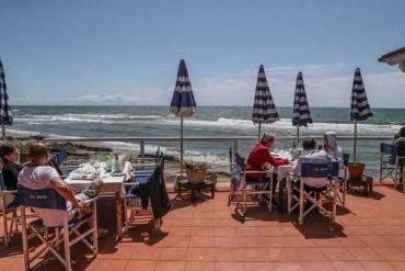Los italianos cambian los hábitos de veraneo: eligen Puglia, Toscana y Sicilia