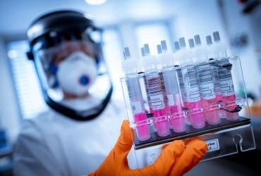 Coronavirus: Brasil espera producir masivamente la vacuna de Oxford en diciembre