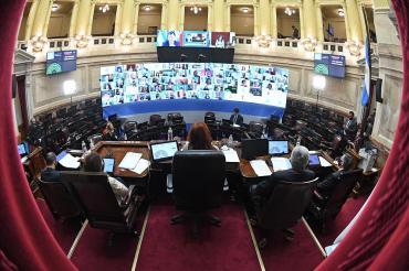 Comienza el debate de la reforma judicial en el senado con la presencia de la ministra Losardo