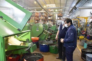UIA: tras leve recuperación en septiembre, la industria volvió a caer en octubre
