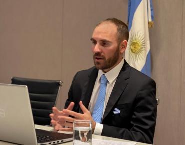 Deuda: Guzmán planea suspender hasta 2021 la negociación con bonistas y avanzar con el FMI