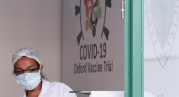Coronavirus: lo que se sabe de la vacuna de Oxford que comenzará a producirse en Argentina