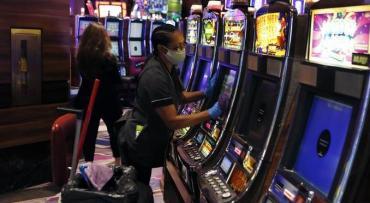 Coronavirus en Estados Unidos: gran cadena de casinos despide a 18.000 empleados