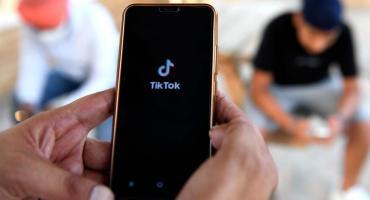India prohíbe el funcionamiento de 118 aplicaciones chinas incluida Tik Tok