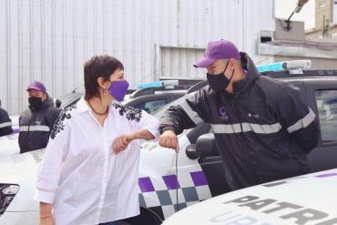 Seguridad: Mayra Mendoza presentó 10 nuevas patrullas urbanas para la prevención del delito