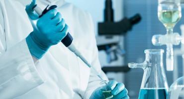 EEUU: con las vacunas en camino, se vuelca a los escépticos y a la ayuda económica