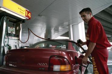 Shell se plegó a YPF y aumentó cerca de 5% el precio de sus combustibles en Ciudad