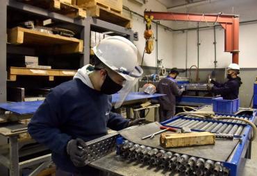 Actividad industrial cayó 2,2% en julio y está debajo de los niveles pre pandemia, según la UIA