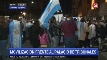 Marcha de velas en Tribunales en apoyo a jueces desplazados por el Gobierno