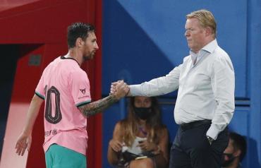 Barcelona, con Messi y el debut de Koeman, juega con Villarreal