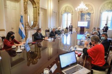 El presidente Alberto Fernández se reunió con infectólogos en la Casa Rosada