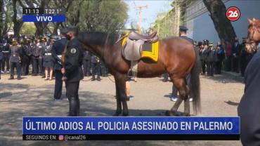 La emotiva despedida con honores a Juan Pablo Roldán, el policía asesinado