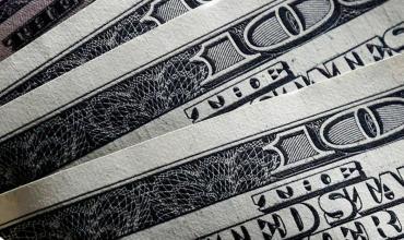 Dólar hoy: el Blue llegó a su nuevo máximo histórico y cerró a $152